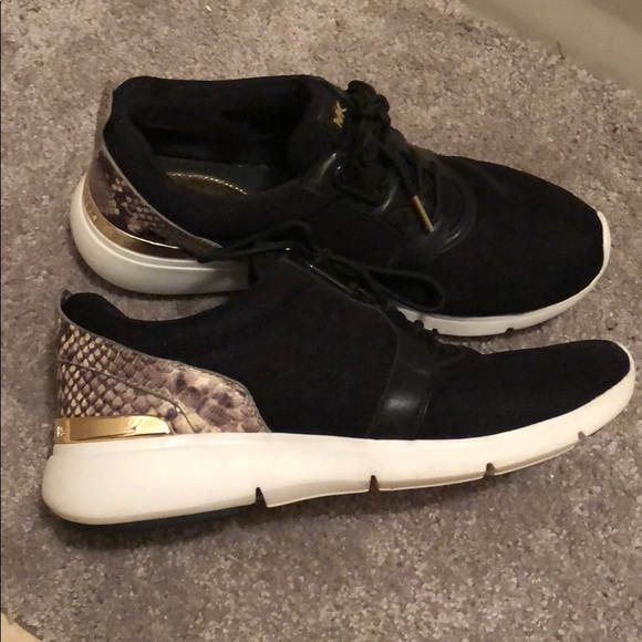 a37f73853fc Michael Kors fashion sneakers black w snake print.  M_5ac587b6a6e3ea2044ad4a20